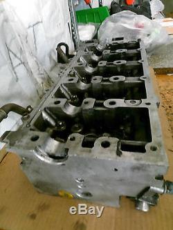 Culasse Land Rover Discovery 2.5TD5 15P Moteur HRC2880 Bonne État
